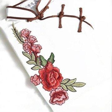 Naszywka haft róża w towarzystwie I